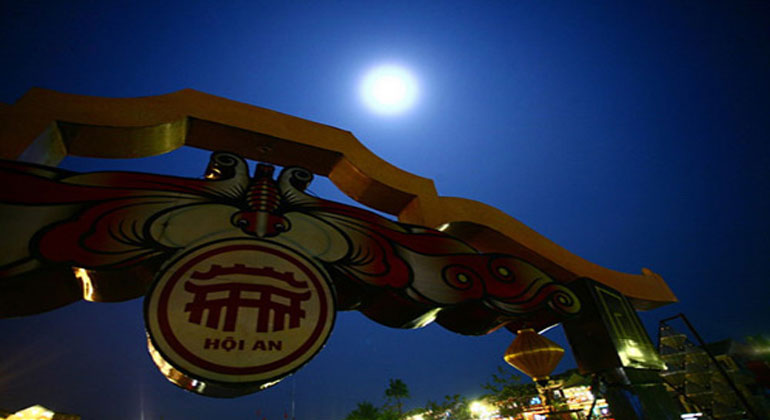 Full Moon in Hoi An